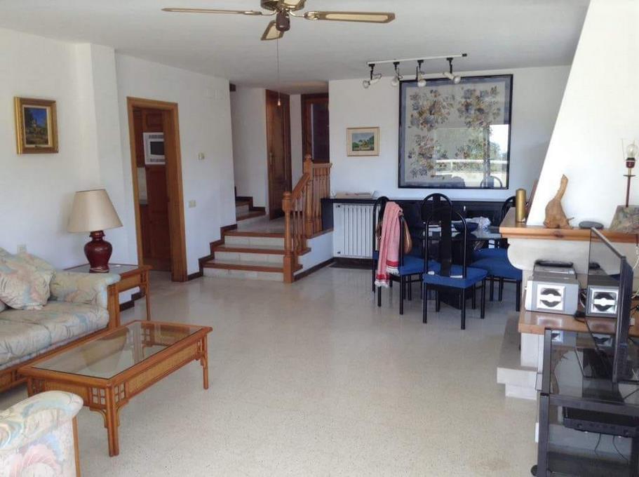 2988 5 Casa Santa Maria salon